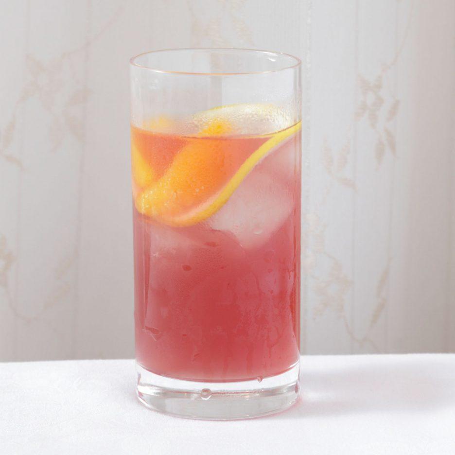 京都会場-35 kyoto   焼酎甲類をグラス1/3程度注ぐ 氷を2~3個入れる ポングレープジュースを1/3程度注ぐ アサヒビールで満たす みかんとレモンスライスを 浮かべて出来上がり    焼酎:NIPPON ポングレープジュース アサヒビール みかん レモン